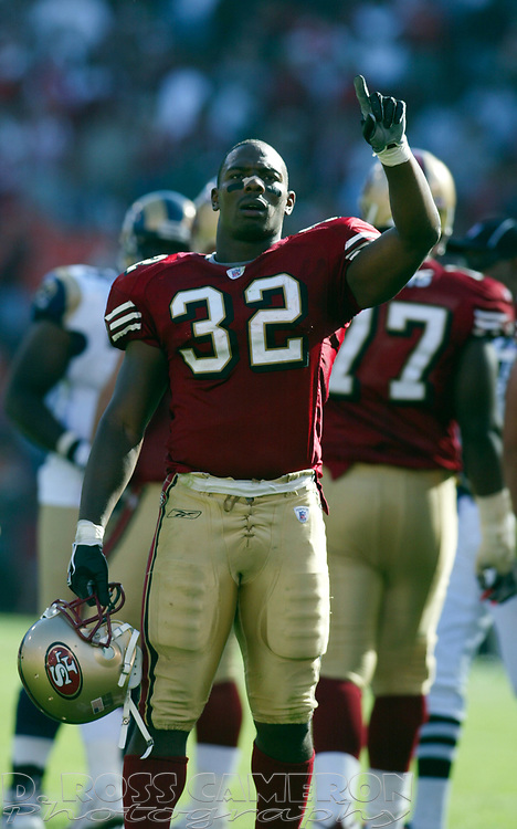 San Francisco 49ers running back Kevan Barlow celebrates his team's victory over the St. Louis Rams during the fourth quarter of an NFL football game, Sunday, Sept. 11, 2005 at Candlestick Park in San Francisco. The 49ers won their regular season opener, 28-25. (D. Ross Cameron/the Oakland Tribune)