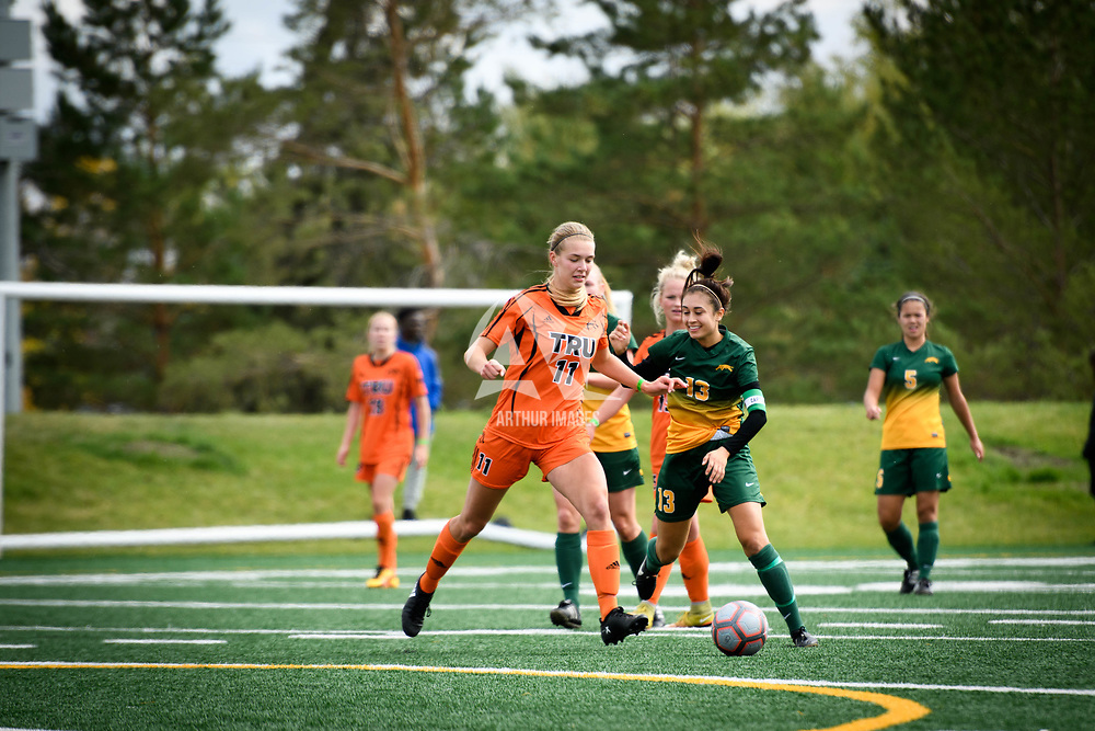 5th year midfielder Shayla Kapila (13) of the Regina Cougars during the Women's Soccer home game on September 17 at U of R Field. Credit: Arthur Ward/Arthur Images