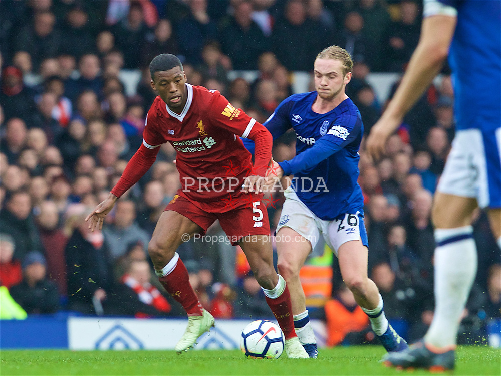 LIVERPOOL, ENGLAND - Saturday, April 7, 2018: Liverpool's Georginio Wijnaldum and Everton's Tom Davies during the FA Premier League match between Everton and Liverpool, the 231st Merseyside Derby, at Goodison Park. (Pic by Jason Roberts/Propaganda)