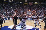 Candi<br /> Kontatto Fortitudo Bologna vs Segafredo Virtus Bologna<br /> Campionato Basket LNP 2016/2017<br /> Bologna 14/04/2017<br /> Foto Ciamillo-Castoria/A. Gilardi