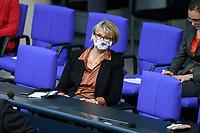 08 DEC 2020, BERLIN/GERMANY:<br /> Anja Karliczek, MdB, CDU, Bundesforschungsministerin, mit Maske Haushaltsdebatte, Plenum, Reichstagsgebaeude, Deuscher Bundestag<br /> IMAGE: 20201208-02-010<br /> KEYWORDS: Mund-Nase-Schutz, Corona, Corvid-19