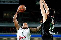 Deon Thompson of Union Olimpija vs Tomas Ress of Montepaschi Siena during basketball match between KK Union Olimpija and Montepaschi Siena (ITA) of 7th Round in Group D of Regular season of Euroleague 2011/2012 on December 1, 2011, in Arena Stozice, Ljubljana, Slovenia. Sena defeated Union Olimpija 63-57. (Photo by Vid Ponikvar / Sportida)