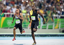14.08.2016, Olympic Stadium, Rio de Janeiro, BRA, Rio 2016, Olympische Sommerspiele, 100m, Finale, Herren, im Bild Andre De Grasse (CAN), Usain Bolt (JAM) // Andre De Grasse (CAN) Usain Bolt of Jamaica during the Men's 100m Final of the Rio 2016 Olympic Summer Games at the Olympic Stadium in Rio de Janeiro, Brazil on 2016/08/14. EXPA Pictures © 2016, PhotoCredit: EXPA/ Johann Groder
