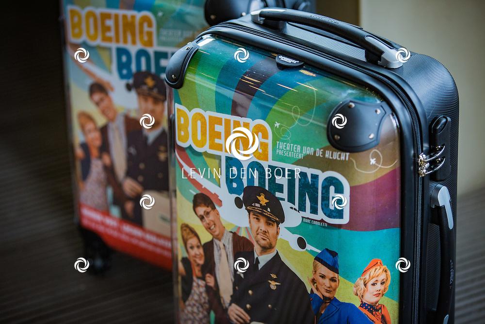 ROTTERDAM - Theater van de Klucht presenteert een nieuwe theaterproductie genaamd 'Boeing Boeing'. Met hier op de foto de Boeing Boeing koffer. FOTO LEVIN EN PAULA PHOTOGRAPHY VOF