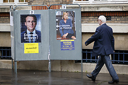 May 7, 2017 - Paris, France, France - Paris, France. French voters go to polls in St Ouen, north Paris, France as second round of the presidential election between independent centrist candidate Emmanuel Macron and the Front National's Marine Le Pen starts on Sunday, 7 May 2017. (Credit Image: © Tolga Akmen/London News Pictures via ZUMA Wire)