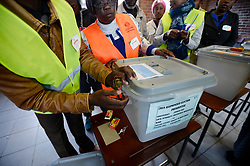 30 /07/2018:Harare Zimbabwe. Polling officers and observers making sure the ballot boxes are sealed and empty at Zengeza 3 high school at Chitungwiza outside Harare before the voting station opened.769<br /> Picture: Matthews Baloyi/AFrican News Agency (ANA)