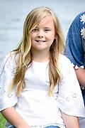 Het koninklijk gezin maakt een vaartocht over de Kagerplassen en poseert op de kade tijdens de jaarlijkse zomerfotosessie.<br /> <br /> The royal family makes a cruise on the Kagerplassen and pose on the quay during the annual summer photography session.<br /> <br /> Op de foto / On the photo: Princess Ariane