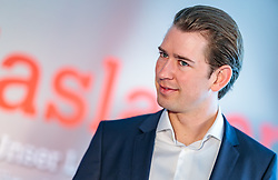 19.04.2018, Getreidegasse, Salzburg, AUT, Landtagswahl in Salzburg 2018, OeVP Wahlkampfschlussveranstaltung, im Bild Bundeskanzler Sebastian Kurz (OeVP) // Austrian Federal Chancellor Sebastian Kurz during a campaign event of the OeVP Party for the State election in Salzburg 2018. Getreidegasse in Salzburg, Austria on 2018/04/19. EXPA Pictures © 2018, PhotoCredit: EXPA/ JFK