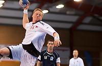 Håndball<br /> 7. April 2012<br /> EM- kvalifisering<br /> Herrer Jr.<br /> Framohallen<br /> Norge - Israel 39 - 21<br /> Henrik Jakobsen (L) og Erik Toft (R) , Norge<br /> Tal Hershkowitz (M) , Israel<br /> Foto: Astrid M. Nordhaug