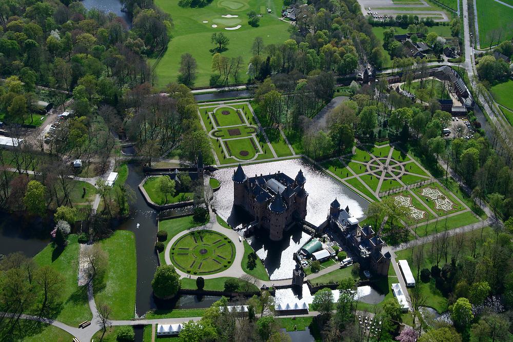 Nederland, Utrecht, Haarzuilens, 09-04-2014; Kasteel De Haar compleet met slotgracht en formele tuin.<br /> Castle De Haar in Haarzuilens, with moat and formal garden<br /> luchtfoto (toeslag op standaard tarieven);<br /> aerial photo (additional fee required);<br /> copyright foto/photo Siebe Swart.