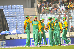 DHAKA, March 19, 2011  South African cricketers celebrate their victory after the Cricket World Cup tournament match against Bangladesh at the Sher-e Bangla National Stadium in Dhaka, Bangladesh, on March 19, 2011. South Africa won by 284:78. (Credit Image: © Xinhua via ZUMA Wire)