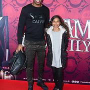 NLD/Amsterdam/20191201 - Nederlandse premiere The Addams Family, FJeremy Sno met zijn dochter