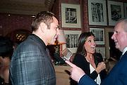 DAVID WALLIAMS; ELIZABETH SALTZMAN; GRAYDON CARTER, Graydon Carter hosts a diner for Tom Ford to celebrate the London premiere of ' A Single Man' Harry's Bar. South Audley St. London. 1 February 2010