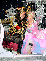 David Hasslehoff & Barbara Windsor Attends the First Family Entertainment Pantomime photocall at the Piccadilly Theatre London, England - 26.11.10 BYLINE BIGPICTURESPHOTO.COM: 1870<br /> <br /> USAGE OF THIS IMAGE OR COPY WRITTEN THAT IS BASED ON THE CAPTION, IS CONDITIONAL UPON THE ACCEPTANCE OF BIG PICTURES'S TERMS AND CONDITIONS, AVAILABLE AT WWW.BIGPICTURESPHOTO.COM