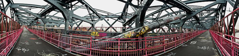Manhattan Bridge. New York City, NY