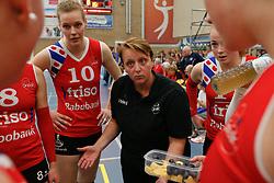 20170430 NED: Eredivisie, VC Sneek - Sliedrecht Sport: Sneek<br />Petra Groenland, headcoach of VC Sneek<br />©2017-FotoHoogendoorn.nl / Pim Waslander