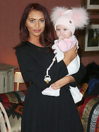 Amy Childs is Crowned 3D-Lipo's Celebrity Mum of the Year 2017