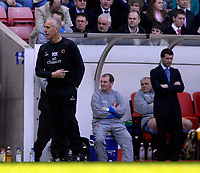 Photo: Jed Wee/Sportsbeat Images.<br /> Sunderland v Wolverhampton Wanderers. Coca Cola Championship. 07/04/2007.<br /> <br /> Wolves manager Mick McCarthy (L) and Sunderland manager Roy Keane.