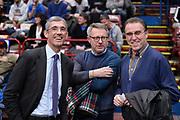 DESCRIZIONE : Milano BEKO Final Eigth  2016<br /> Vanoli Cremona - Dinamo Banco di Sardegna Sassari<br /> GIOCATORE : Fernando Marino Carlo Recalcati<br /> CATEGORIA :  Before Pregame Fair Play Ospite Vip Allenatore Coach<br /> SQUADRA : Vanoli Cremona<br /> EVENTO : BEKO Final Eight 2016<br /> GARA : Vanoli Cremona - Dinamo Banco di Sardegna Sassari<br /> DATA : 19/02/2016<br /> SPORT : Pallacanestro<br /> AUTORE : Agenzia Ciamillo-Castoria/M.Longo<br /> Galleria : Lega Basket A 2016<br /> Fotonotizia : Milano Final Eight  2015-16 Vanoli Cremona - Dinamo Banco di Sardegna Sassari<br /> Predefinita :