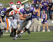 Kansas State wide receiver Jordy Nelson (27) take off up field after catching a pass in the first quarter against Iowa State at Bill Snyder Family Stadium in Manhattan, Kansas, October 28, 2006.  The Wildcats beat the Cyclones 31-10.<br />