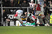 Wycombe, GREAT BRITAIN,  Wasps, Chris BISHAY, dives in the corner to score a first half try, during the London Wasps vs Harlequins at Adam's Park Stadium, Bucks on Sun 04.01.2009. [Photo, Peter Spurrier/Intersport-images]