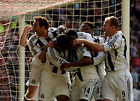 Photo: Jed Wee.<br />Sunderland v Newcastle United. The Barclays Premiership. 17/04/2006.<br /><br />Newcastle mob goalscorer Charles N'Zogbia (14).