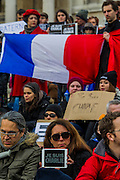 Je suis Charlie/I am Charlie - A largely silent (with the occasional rendition of the Marseileus)gathering in solidarity with the march in Paris today.  Trafalgar Square, London, UK 11 Jan 2015