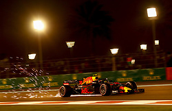 November 24, 2018 - Abu Dhabi, United Arab Emirates - Motorsports: FIA Formula One World Championship 2018, Grand Prix of Abu Dhabi, World Championship;2018;Grand Prix;Abu Dhabi, #33 Max Verstappen (NDL, Red Bull Racing) (Credit Image: © Hoch Zwei via ZUMA Wire)