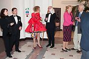 IAN PALMER; MONIQUE PALMER; GRAYSON PERRY; CHARLES SAUMERAZ SMITH; INGEBORG SCOTT,, Royal Academy Schools Annual dinner and Auction 2012. Royal Academy. Burlington Gdns. London. 20 ,March 2012.