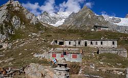 16-09-2017 FRA: BvdGF Tour du Mont Blanc day 7, Beaufort<br /> De laatste etappe waar we starten eindigen we ook weer naar een prachtige route langs de Mt. Blanc / Carlos