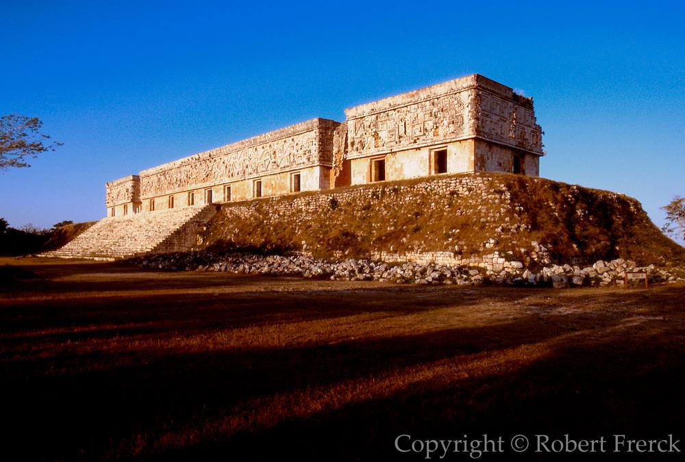 MEXICO, MAYAN, YUCATAN Uxmal; the Governor's Palace