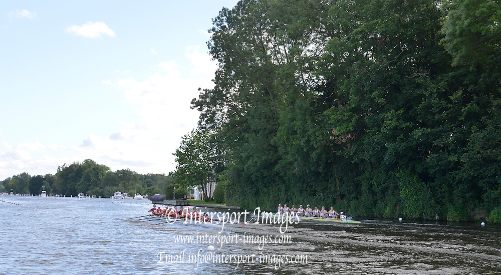 Henley, GREAT BRITAIN,   TEMPLE CHALLENGE CUP  .. FOREGROUND HARVARD UNIVERSITY B USA AND UNIVERSITY OF WASHINGTON. OF THE START. ..Saturday  19:29:33  30/06/2012. [Mandatory Credit, Peter Spurrier/Intersport-images]...Rowing Courses, Henley Reach, Henley, ENGLAND . HRR. . HRR.