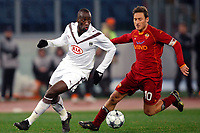 Fotball<br /> Frankrike<br /> Foto: DPPI/Digitalsport<br /> NORWAY ONLY<br /> <br /> FOOTBALL - CHAMPIONS LEAGUE 2008/2009 - GROUP STAGE - GROUP A - 09/12/2008 - AS ROMA v GIRONDINS BORDEAUX - SOULEYMANE DIAWARA (BOR) / FRANCESCO TOTTI (ROMA)