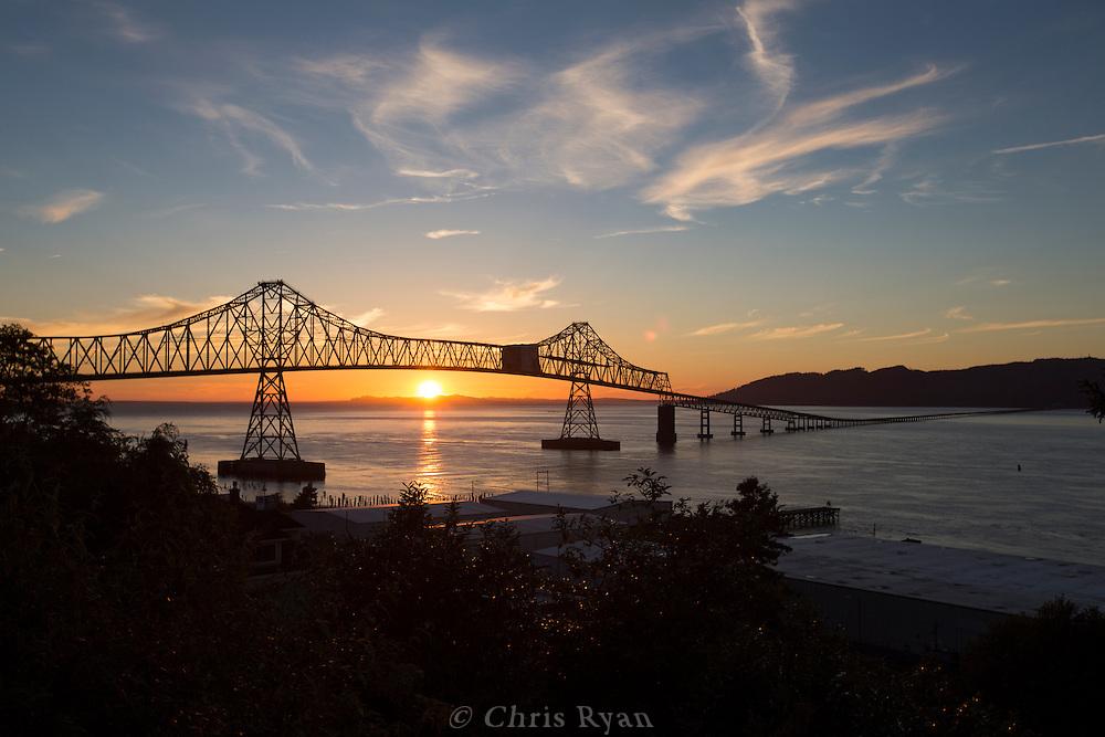 Sunset behind the Astoria-Megler bridge across the Columbia River, Astoria, Oregon