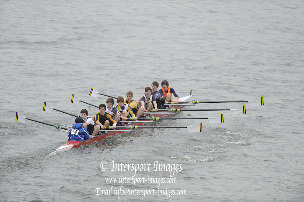 Chiswick. London.  Reading Blue Coat, approach the start line as they compete in the 2011 Schools Head of the River Race, Mortlake to Putney, over the  Championship Course.Taken from Chiswick Bridge.  Thursday  17/03/2011 [Mandatory Credit, Peter Spurrier/Intersport-images]
