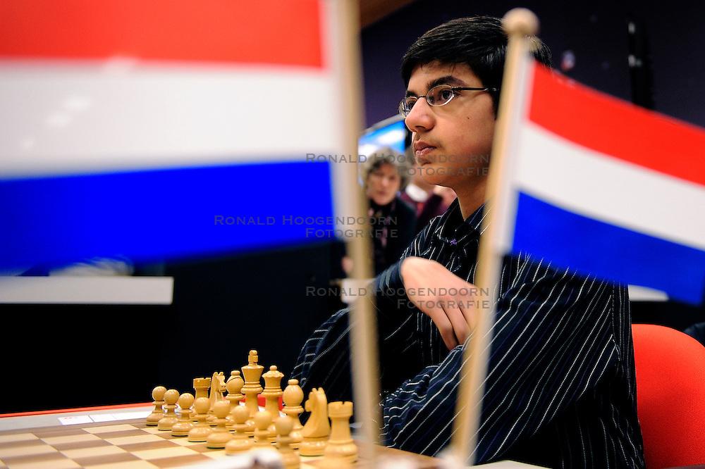 18-01-2010 SCHAKEN: CORUS CHESS 2010: WIJK AAN ZEE<br /> Derde ronde van het Corus Schaaktoernooi 2010 / Anish Giri NED<br /> ©2010-WWW.FOTOHOOGENDOORN.NL