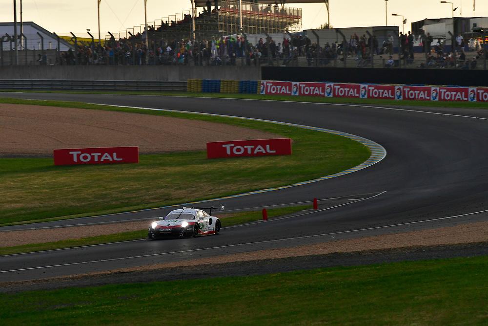 #94 Porsche GT Team Porsche 911 RSR: Romain Dumas, Timo Bernhard, Sven Müller<br /> Saturday 16 June 2018<br /> 24 Hours of Le Mans<br /> 2018 24 Hours of Le Mans<br /> Circuit de la Sarthe WI FR<br /> World Copyright: Scott R LePage