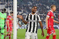 October 25, 2017 - Turin, Italy - Douglas Costa (Juventus FC) during the Serie A football match between Juventus FC and S.P.A.L. 2013 on 25 October 2017 at Allianz Stadium in Turin, Italy. (Credit Image: © Massimiliano Ferraro/NurPhoto via ZUMA Press)