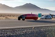 De Firefly is begonnen aan de kwalificatie. In de vroege ochtend worden de kwalificaties gereden. In de buurt van Battle Mountain, Nevada, strijden van 10 tot en met 15 september 2012 verschillende teams om het wereldrecord fietsen tijdens de World Human Powered Speed Challenge. Het huidige record is 133 km/h.<br /> <br /> The Firefly is on its way. Near Battle Mountain, Nevada, several teams are trying to set a new world record cycling at the World Human Powered Vehicle Speed Challenge from Sept. 10th till Sept. 15th. The current record is 133 km/h.