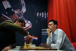 18-01-2009 SCHAKEN: CORUS CHESS: WIJK AAN ZEE<br /> Loek van Wely vs. Alexander Morozevich RUS <br /> ©2009-WWW.FOTOHOOGENDOORN.NL