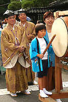 Japanese Drummer Boy, Shinto Priests