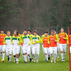 20111109: SLO, Football - Practice session of Slovenian National team at Kidricevo