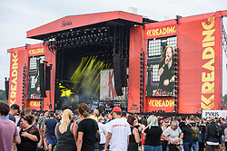 © Licensed to London News Pictures. 26/08/2017. Reading Festival 2017, Reading, UK. Korn perform on the main stage. Photo credit: Andy Sturmey/LNP
