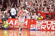 DESCRIZIONE : Reggio Emilia Lega A 2014-15 Grissin Bon Reggio Emilia - Banco di Sardegna Sassari playoff finale gara 7 <br /> GIOCATORE :Della Valle Amedeo<br /> CATEGORIA : Esultanza Mani <br /> SQUADRA : GrissinBon Reggio Emilia<br /> EVENTO : LegaBasket Serie A Beko 2014/2015<br /> GARA : Grissin Bon Reggio Emilia - Banco di Sardegna Sassari playoff finale gara 7<br /> DATA : 26/06/2015 <br /> SPORT : Pallacanestro <br /> AUTORE : Agenzia Ciamillo-Castoria / Richard Morgano<br /> Galleria : Lega Basket A 2014-2015 Fotonotizia : Reggio Emilia Lega A 2014-15 Grissin Bon Reggio Emilia - Banco di Sardegna Sassari playoff finale gara7<br /> Predefinita :