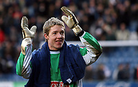 Photo: Paul Thomas.<br /> Stockport County v Swindon Town. Coca Cola League 2. 03/03/2007.<br /> <br /> Keeper Wayne Hennessey (Green) of Stockport keeps the clean sheet of 9 matches going after today.