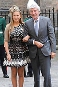 Prinsjesdag 2014 - Aankomst Politici op het Binnenhof.<br /> <br /> Op de foto:  Wim Kok