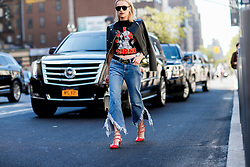 Street style, Julia Kuczynska (Maffashion) arriving at Vera Wang Spring Summer 2017 show held at The Arc at Skylight Moynihan Station, 360 West 33rd Street, in New York City, NY, USA, on September 13, 2016. Photo by Marie-Paola Bertrand-Hillion/ABACAPRESS.COM
