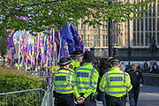 March 29, 2019 - GBR - Police brace for disorder after far-right protesters threaten to riot on what would have been Brexit Friday, 29 March 2019 in London. (Credit Image: © Vedat Xhymshiti/ZUMA Wire)