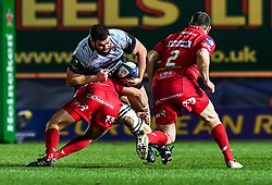 Toulon's Marcel Van der Merwe is tackled by Scarlets' Dan Jones<br /> <br /> Photographer Craig Thomas/Replay Images<br /> <br /> European Rugby Champions Cup Round 5 - Scarlets v Toulon - Saturday 20th January 2018 - Parc Y Scarlets - Llanelli<br /> <br /> World Copyright © Replay Images . All rights reserved. info@replayimages.co.uk - http://replayimages.co.uk