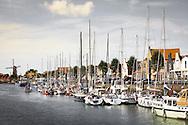 Europa, Niederlande, Zeeland, der neue Hafen in Zierikzee auf Schouwen-Duiveland. - <br /> <br /> Europe, Netherlands, Zeeland, the new harbor in Zierikzee on the peninsula Schouwen-Duiveland.